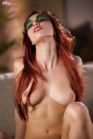 donna in vestito sexy nuda immagine 6