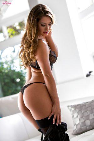 donna asiatica sexy immagine 12