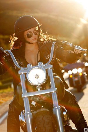 Jaclyn Swedberg motociclista sexy immagine 10