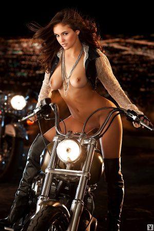 Jaclyn Swedberg motociclista sexy immagine 5